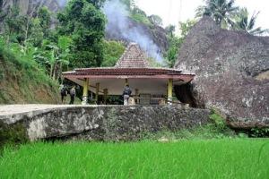 Gunung Api Purba